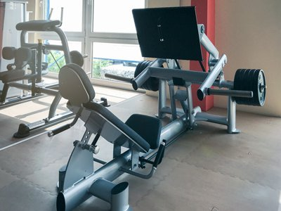 Ferdy's Gym Aldenhoven: 45 Grad Beinpresse
