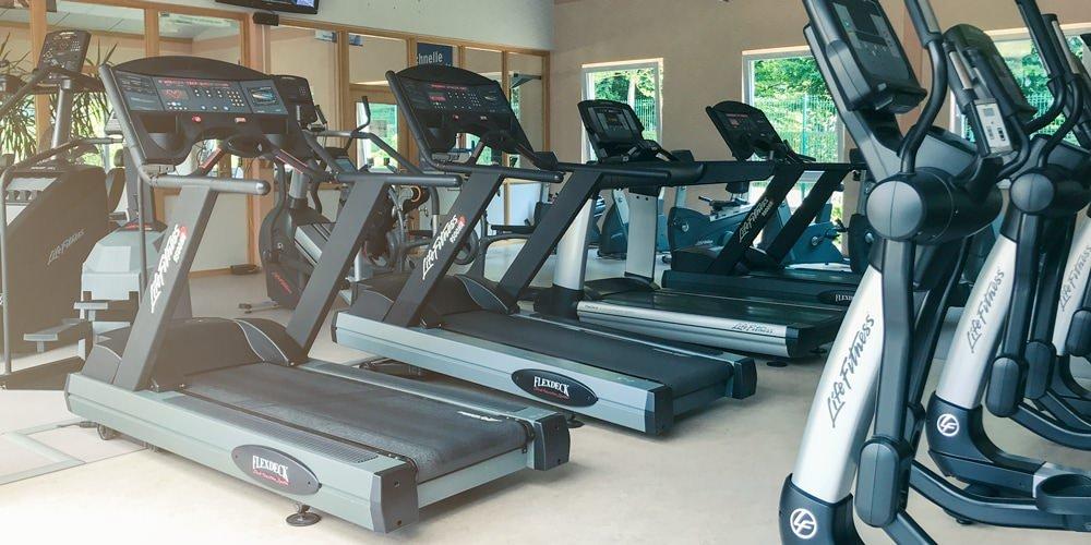 Cardiogeräte: Laufbänder und Crosstrainer