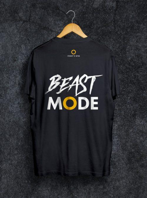 """Schwarzes T-Shirt mit dem Statement """"Beast Mode"""" auf dem Rücken"""